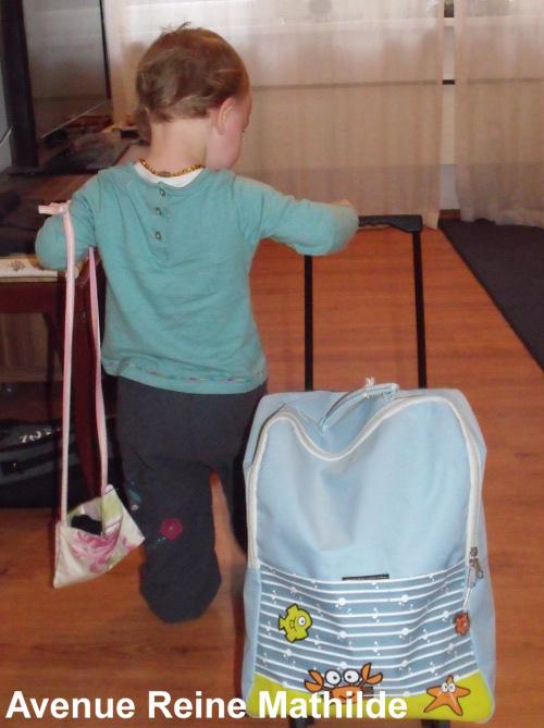 Faire comme les grands, ce n'est pas juste avoir sa propre valise...
