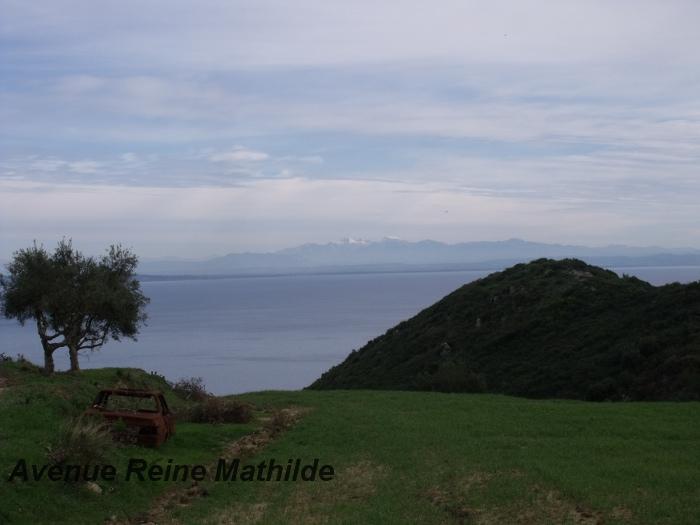 Vue sur le continent lors d'une balade vers les hauteurs de l'île