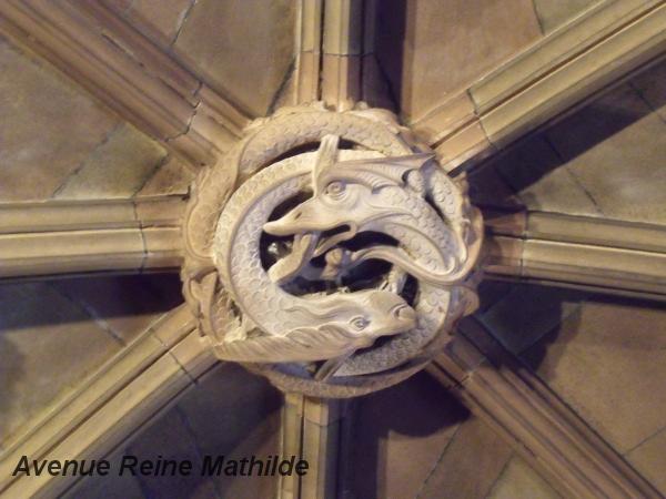 L'un des dragons de la bibliothèque John Rylands