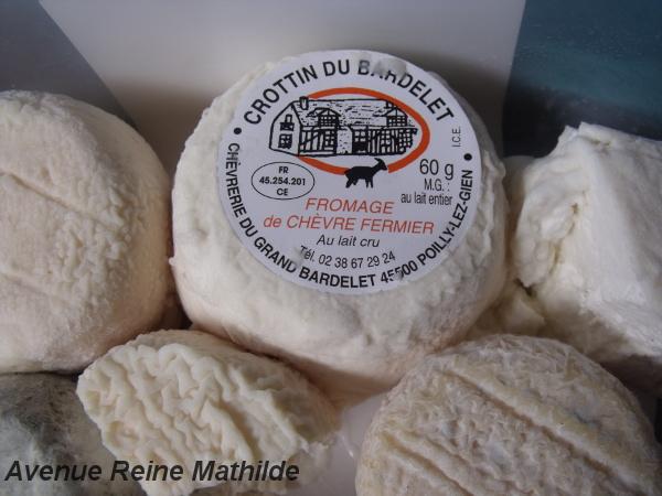 Crottins de chèvre et Crottins de chavignol en provenance direct de la Chèvrerie du Bardelet, Poilly-lez-Gien (Loiret)