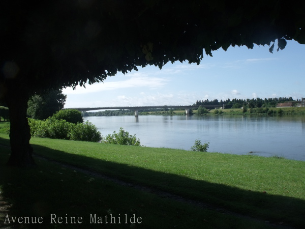 La Loire, qui semble si docile à Gien