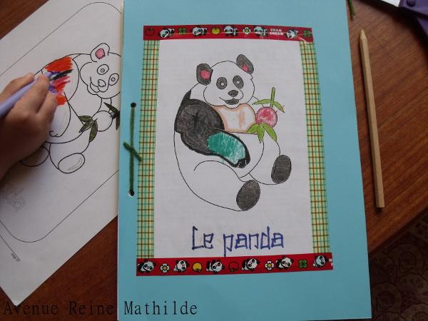 Couverture de notre lapbook sur le panda. Un tel succès que le coloriage a été fait deux fois !