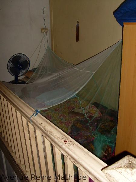 """Notre """"chambre"""" en haut des escaliers de l'un de nos hôtes en Malaisie"""