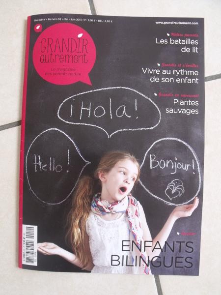 Grandir Autrement n°52 avec un dossier sur le bilinguisme