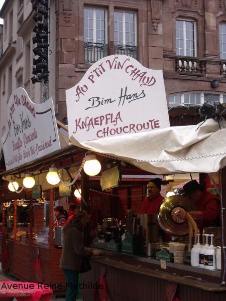 L'un des stands du marché de Noël de Mulhouse - saison 2015
