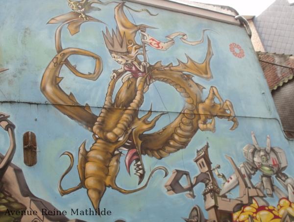gand street art dragon