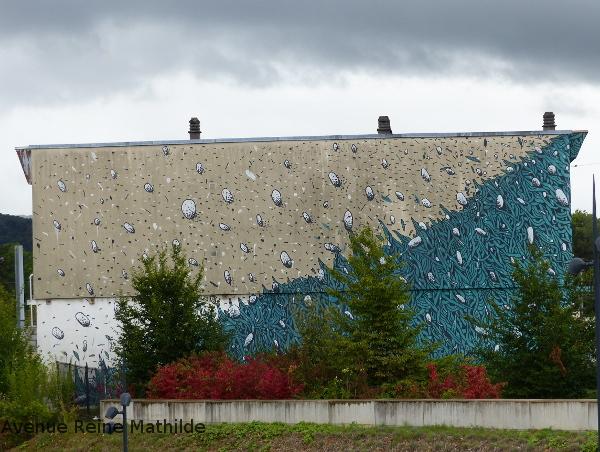 street art à côté de la gare de Besançon