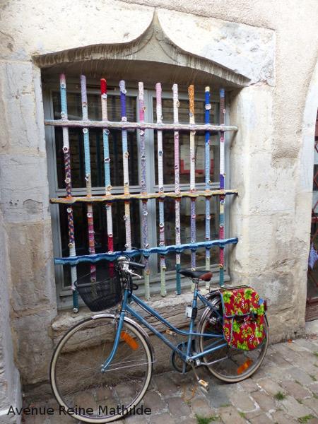 Yarn bombing besançon