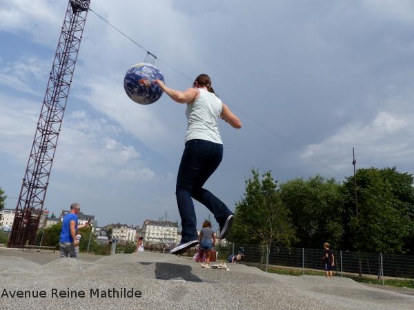 Nantes jeux enfants trampoline
