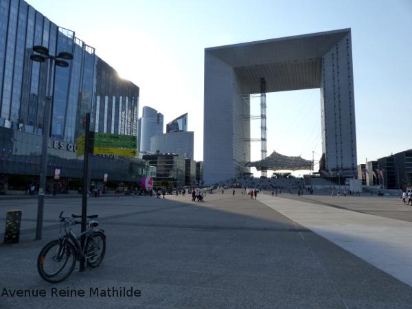 Paris arche de la défense