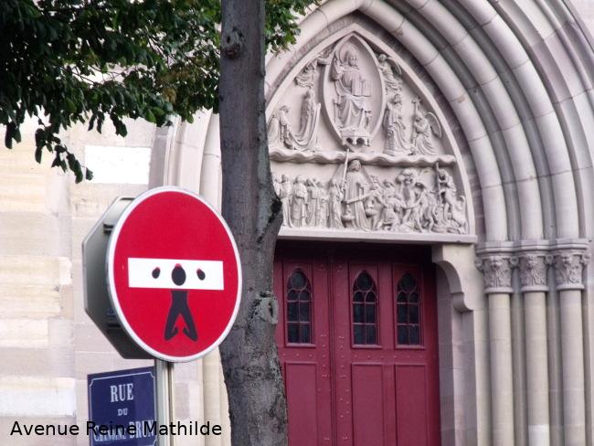 église st etienne et street-art