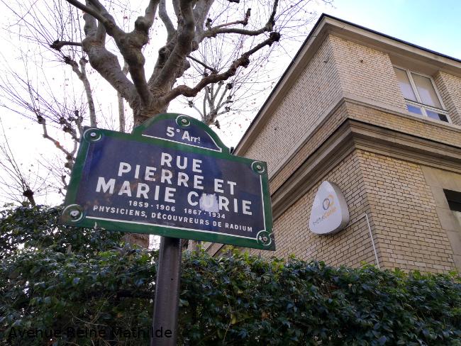 Rue Pierre et Marie Curie dans Paris