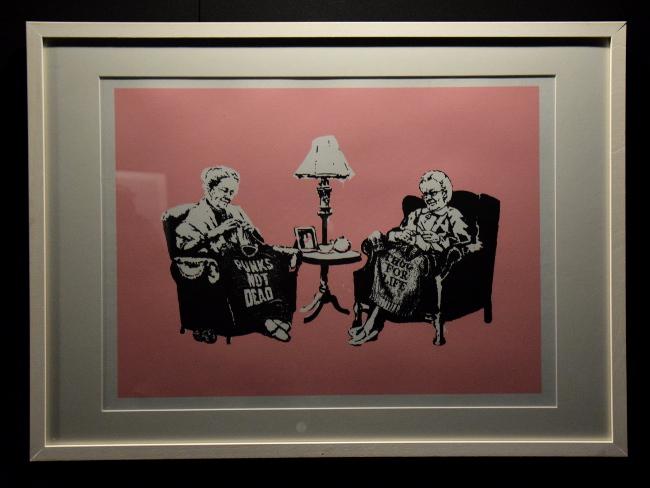 grands-mères punkds de Banksy à Bâle